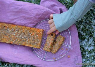 Natürlich gesüßtes Karotten Mandel Brot