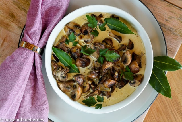 20161009-10-min-mushroom-ragout-with-oven-baked-yeast-buns-5-1-von-1