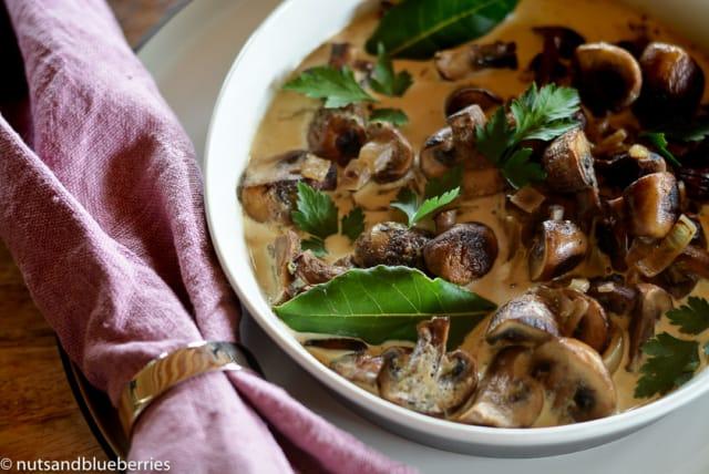 20161009-10-min-mushroom-ragout-with-oven-baked-yeast-buns-6-1-von-1
