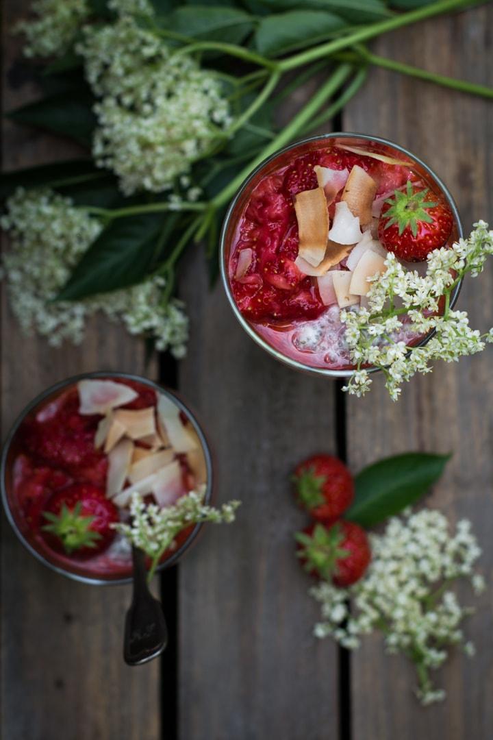 Holunderblüten Erdbeeren Chia