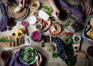 5 Ideen mit Hummus – Obela bringt alle an einen Tisch